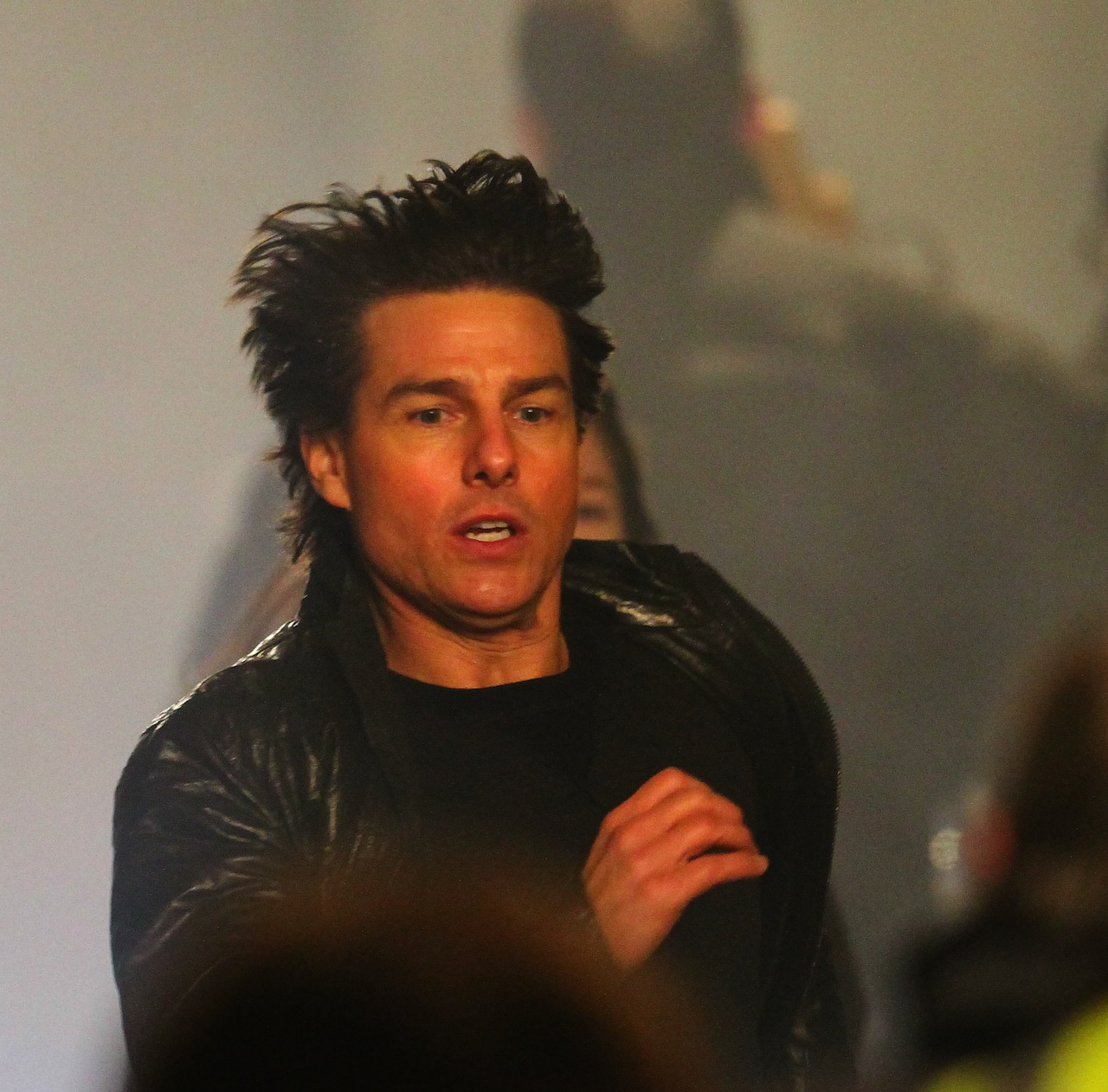 Tom Cruise films scenes for 'Mission: Impossible 5' in London