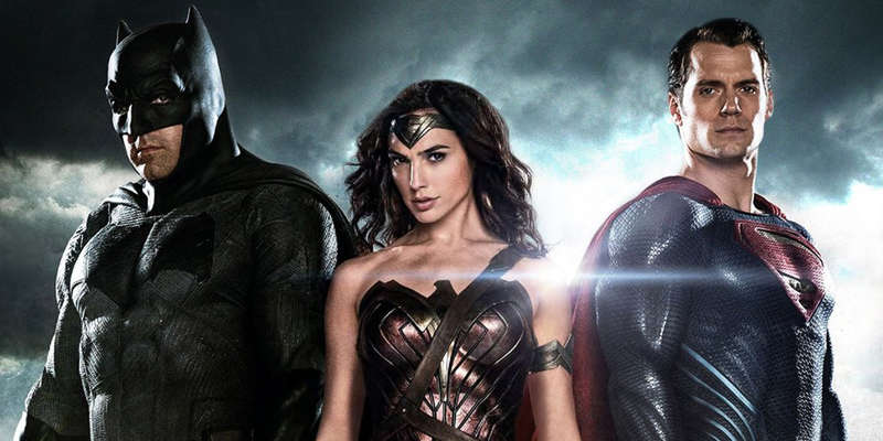 batman-wonderwoman-superman-copertina_3