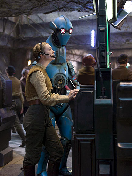 star-wars-the-force-awakens-billie-lourd-image