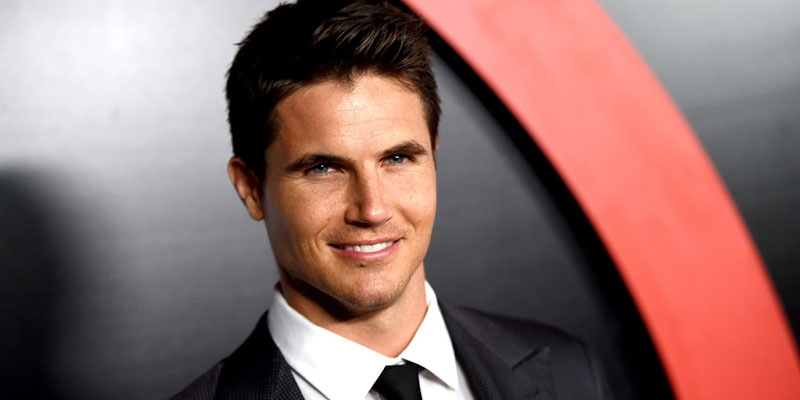 The Flash – Robbie Amell svela un importante spoiler dell'episodio 'Welcome to Earth-2'