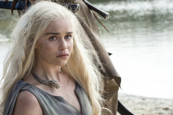 game-of-thrones-season-6-emilia-clarke-khaleesi-600x399