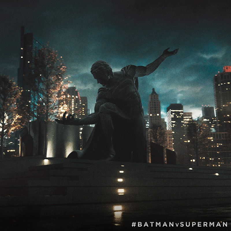 statua-batman-v-superman