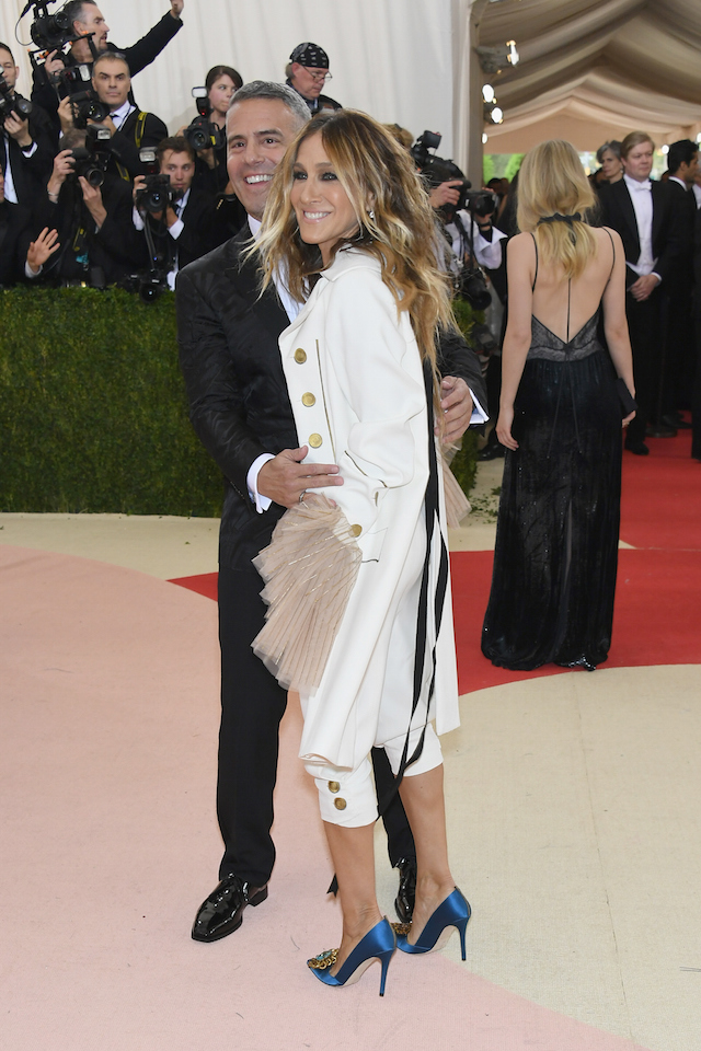 Andy Cohen e Sarah Jessica Parker (Larry Busacca/Getty Images)