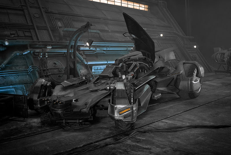 Justice-League-batmobile