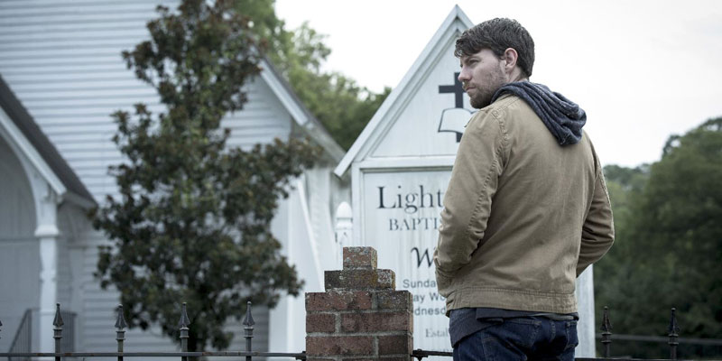 Outcast – Prime clip per l'episodio 1×02: (I Remember) When She Loved Me