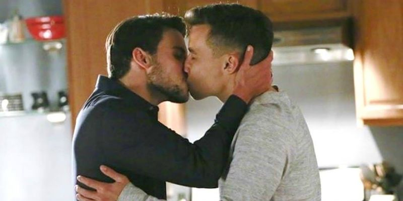HTGAWM-RaiDue-censura-connor-e-oliver1_opt