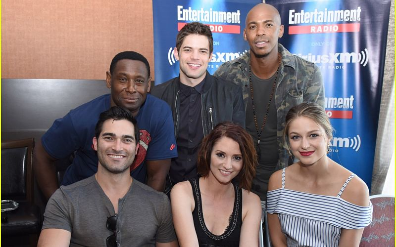 SAN DIEGO, CA - JULY 23: Actors David Harewood, Jeremy Jordan, Mehcad Brooks, Chyler Leigh and Melissa Benoist attend SiriusXM's Entertainment Weekly Radio Channel Broadcasts From Comic-Con 2016 at Hard Rock Hotel San Diego on July 22, 2016 in San Diego, California. (Photo by Vivien Killilea/Getty Images for SiriusXM)