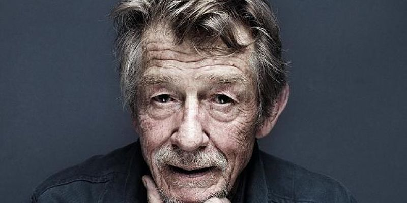 È morto John Hurt, la star di Alien, Elephant Man e Harry Potter