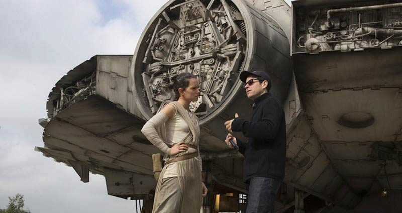 star-wars-the-force-awakens-daisy-ridley-jj-abrams