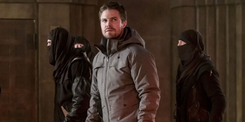 Arrow – Prometheus fa scacco matto nel trailer di Checkmate