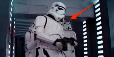 the-head-banging-stormtrooper-from-star-wars-explains-the-infamous-blooper