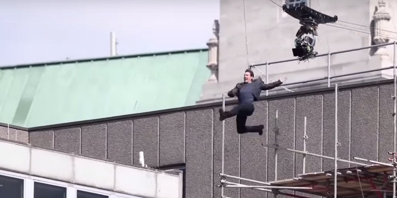 Mission: Impossibile 6 - Tom Cruise ha un piccolo incidente sul set