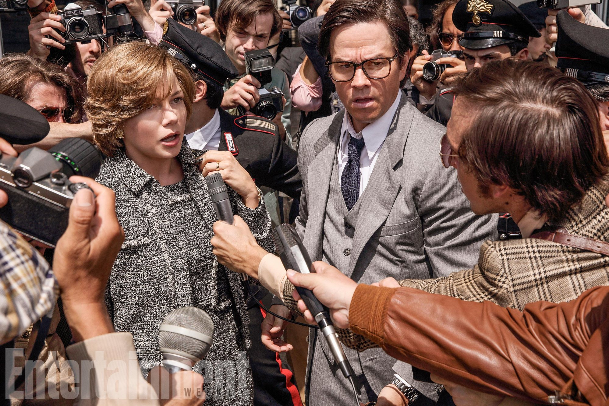 all-the-money-in-the-world-michelle-williams-mark-wahlberg