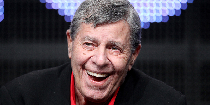 Le star di Hollywood ricordano il grande Jerry Lewis