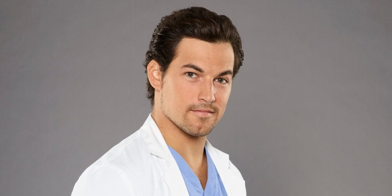 "Grey's Anatomy: ScreenWeek incontra Giacomo ""Andrew DeLuca"" Gianniotti!"