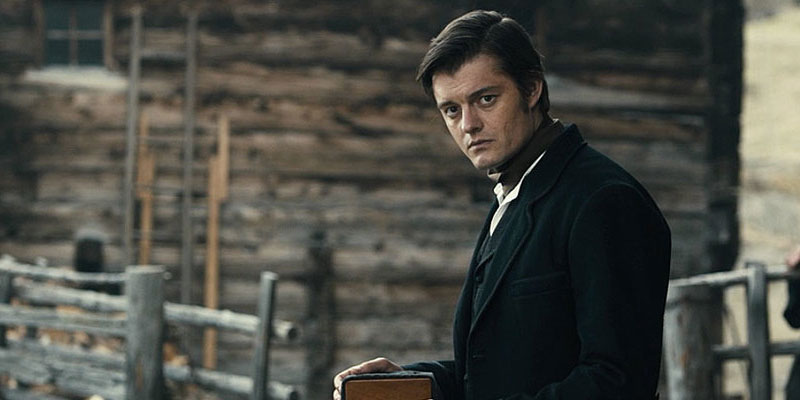 Anche Sam Riley in Rebecca, il thriller gotico di Ben Wheatley