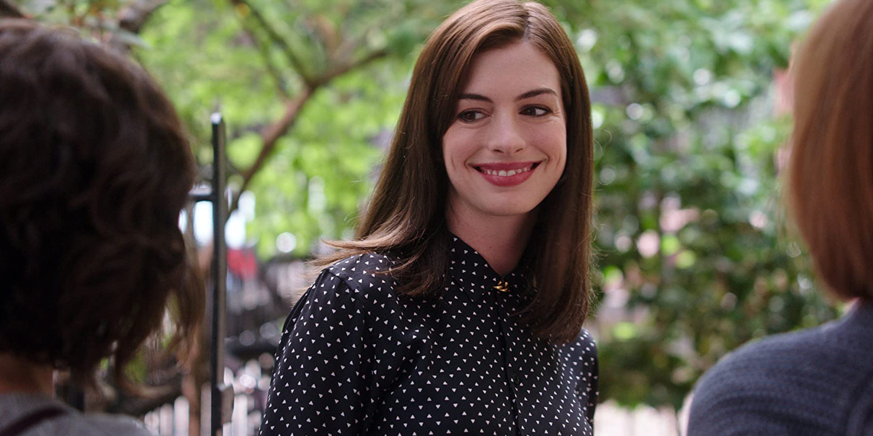 Anne Hathaway protagonista del biopic French Children Don't Throw Food