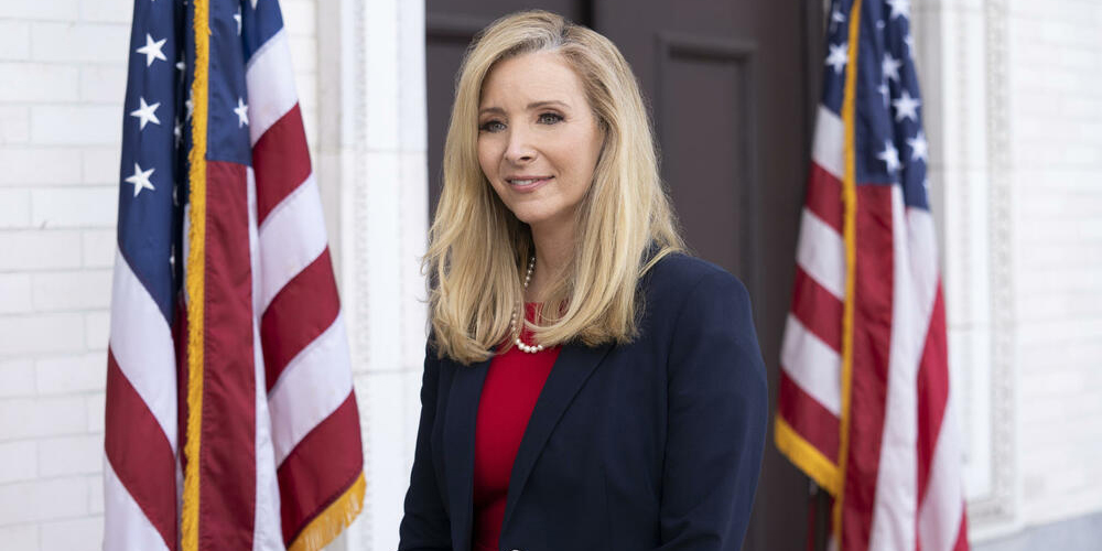 Better Nate Than Ever: Lisa Kudrow in un film musicale Disney+